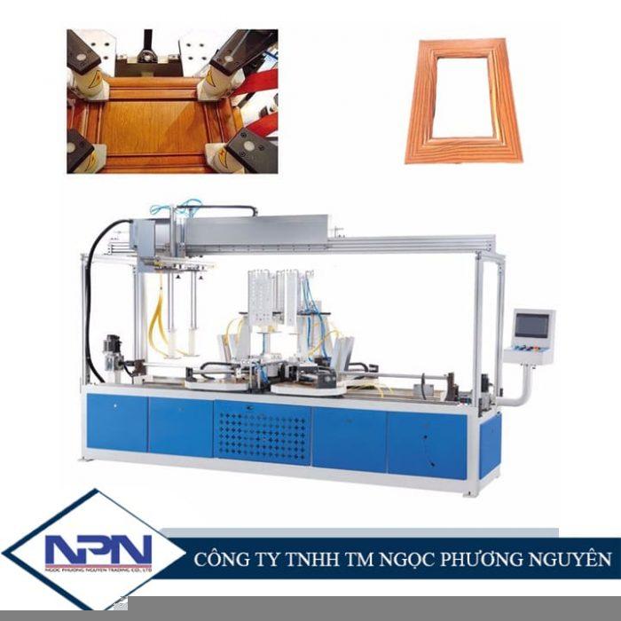 Máy lắp ráp khung CNC TC-868 HF